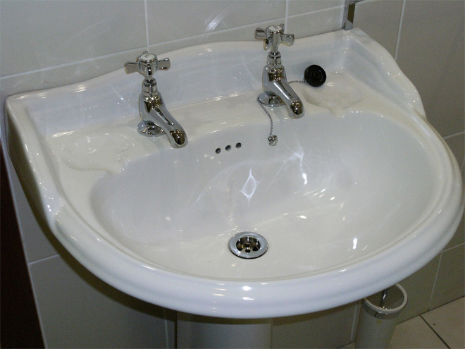White Bathroom Basin