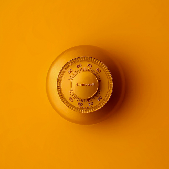 Heating controls thermostat