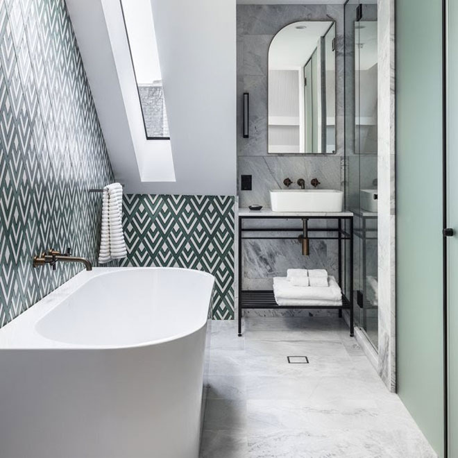Inspirational white bathroom with patterned tiles Bathroom | ArchiLovers.com