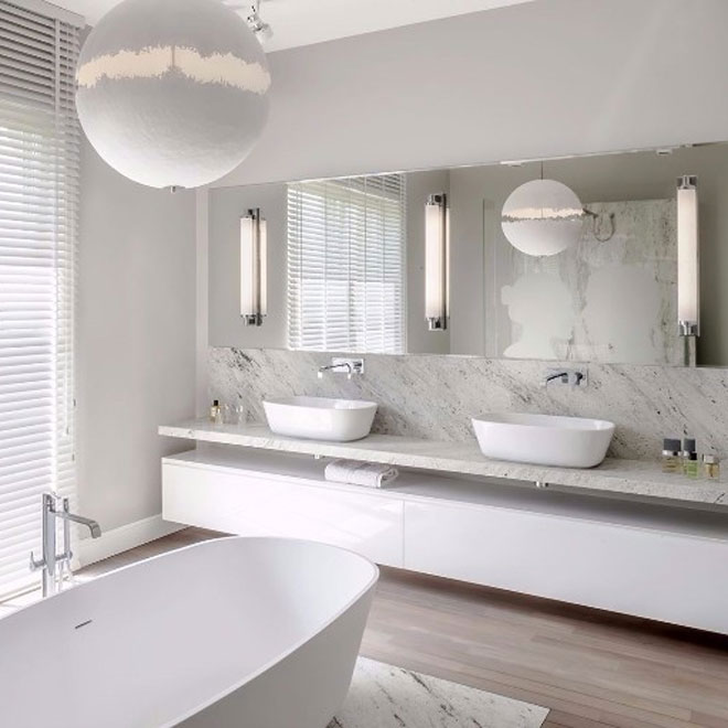 Stunning white and minimalist bathroom