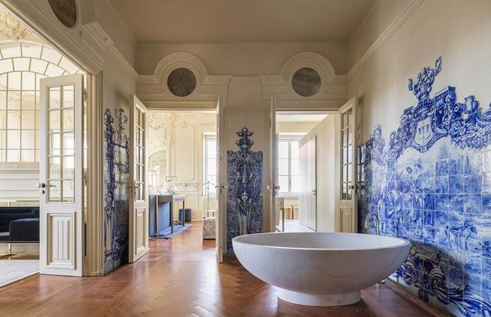 Bathroom at Palacio de Santo Catarina - Lisbon, Portugal